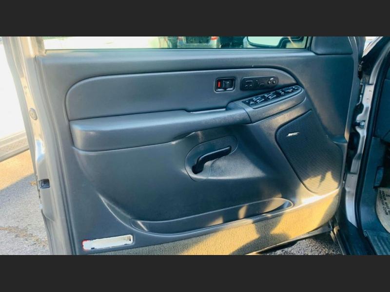 Chevrolet Avalanche 2003 price $7,995