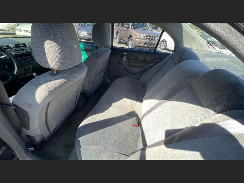 Honda Civic 2002 price $3,995