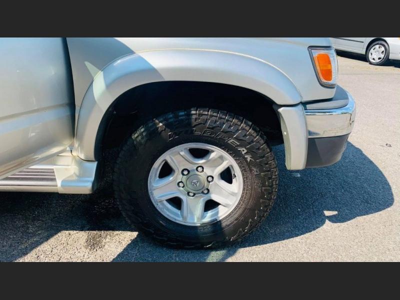 Toyota 4Runner 2002 price $5,995