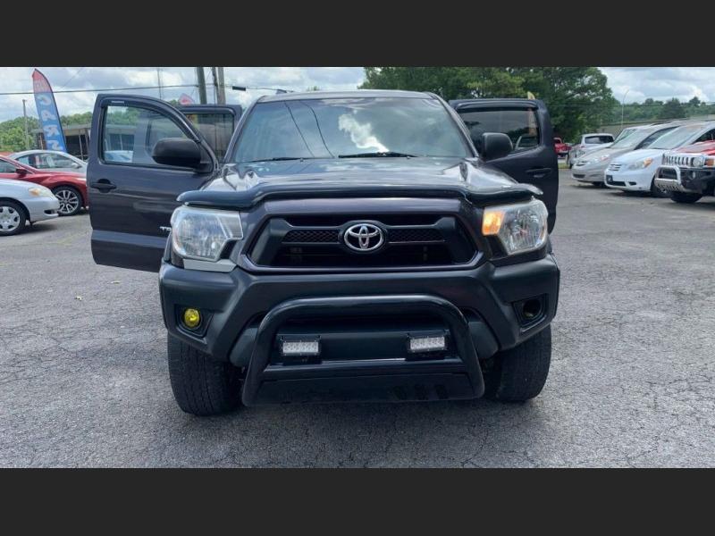 Toyota Tacoma 2013 price $16,995