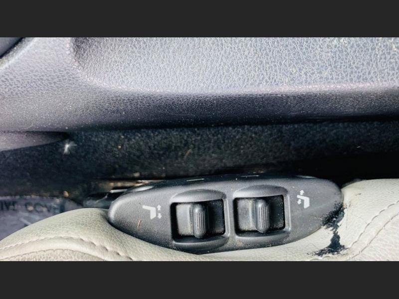 Nissan 370Z 2011 price $11,995