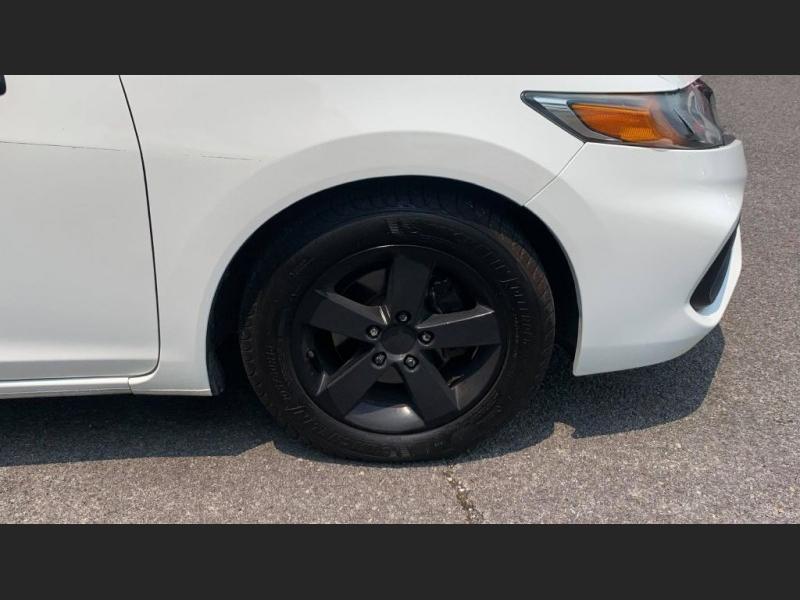 Honda Civic Coupe 2015 price $9,500
