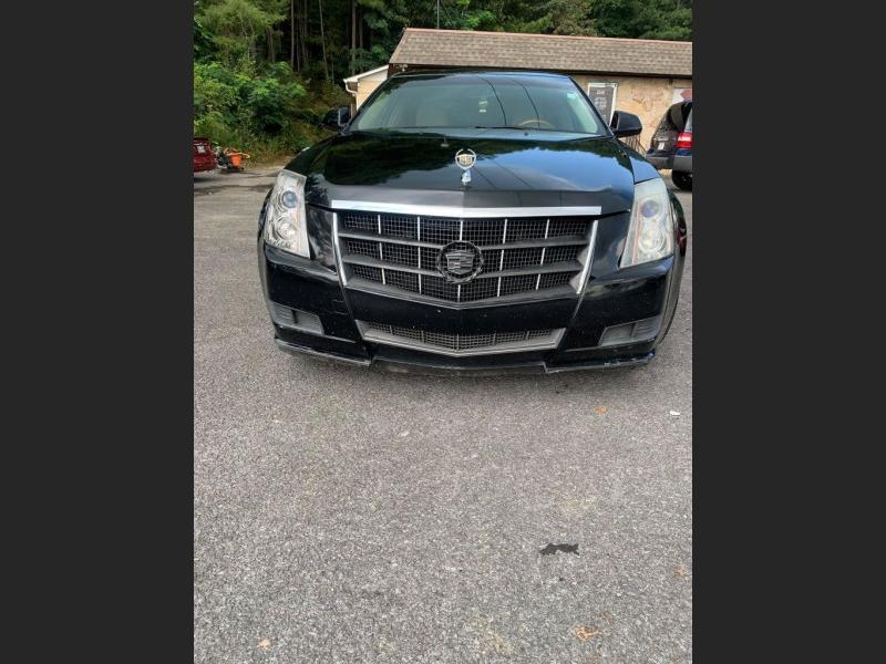Cadillac CTS Sedan 2010 price $9,000