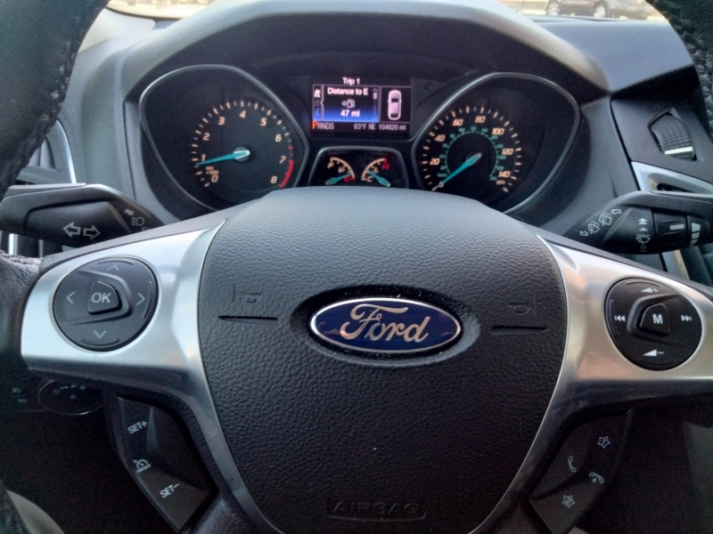 Ford FOCUS 2013 price call for price