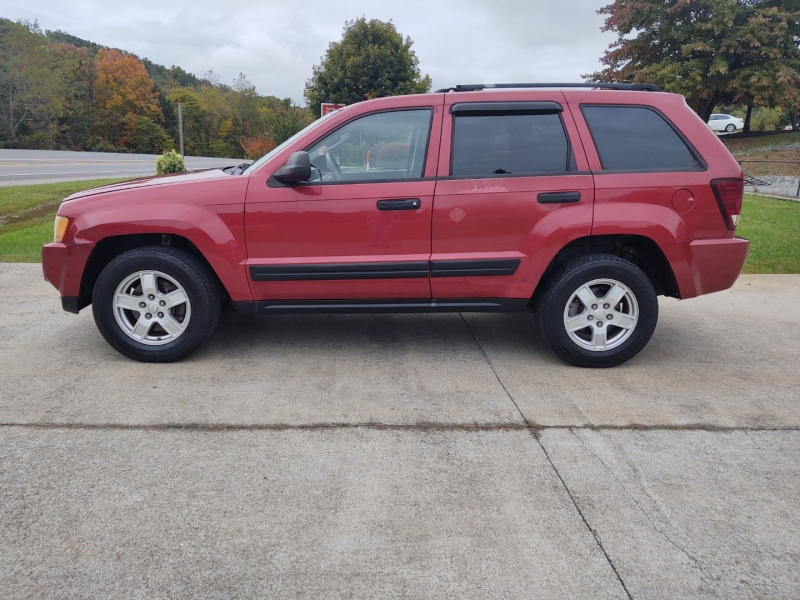 Jeep Grand Cherokee 2005 price $3,800
