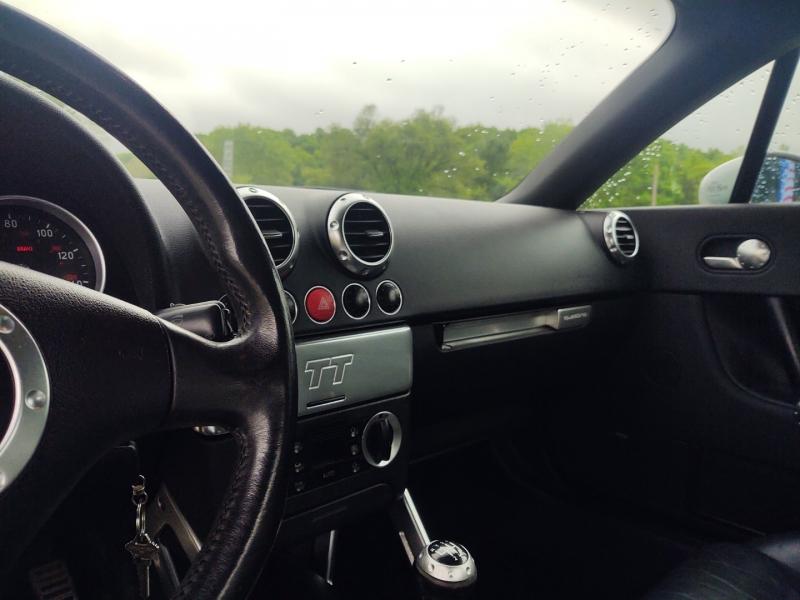 Audi TT 2001 price $4,500