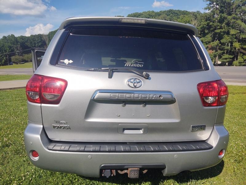 Toyota Sequoia 2008 price $14,900