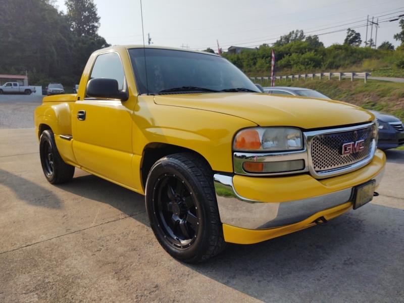 GMC Sierra 1500 2001 price $13,900