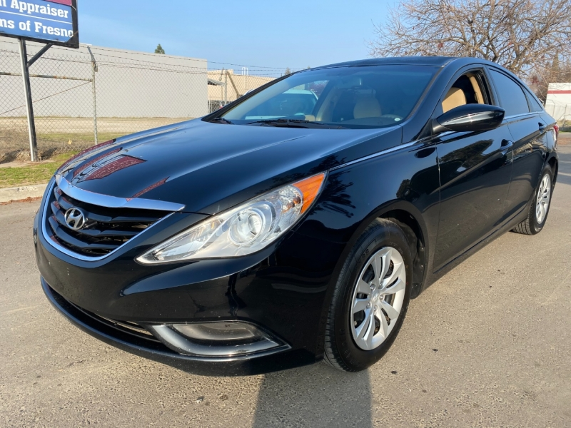 Hyundai Sonata 2012 price $5,899