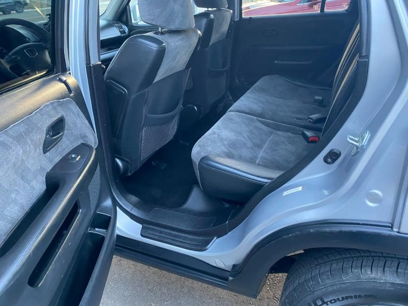 Honda CR-V 2003 price $4,899