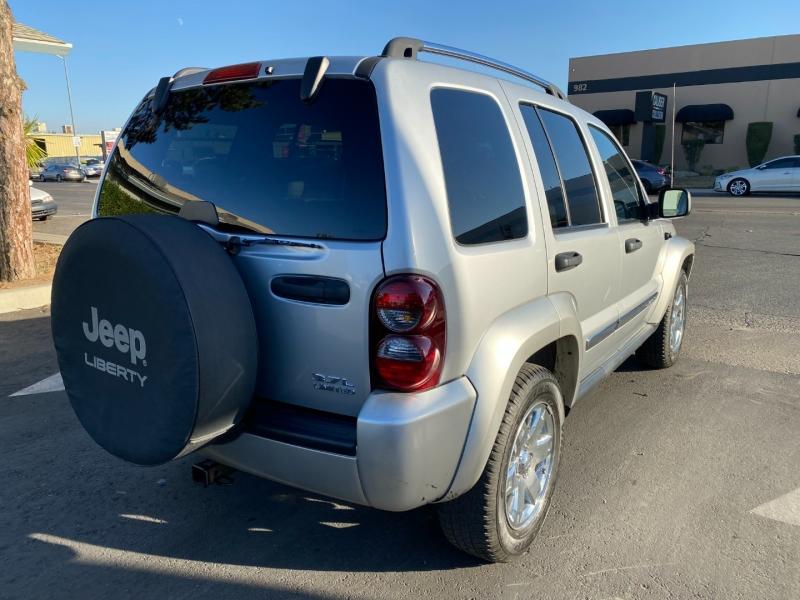 Jeep Liberty 2006 price $7,499