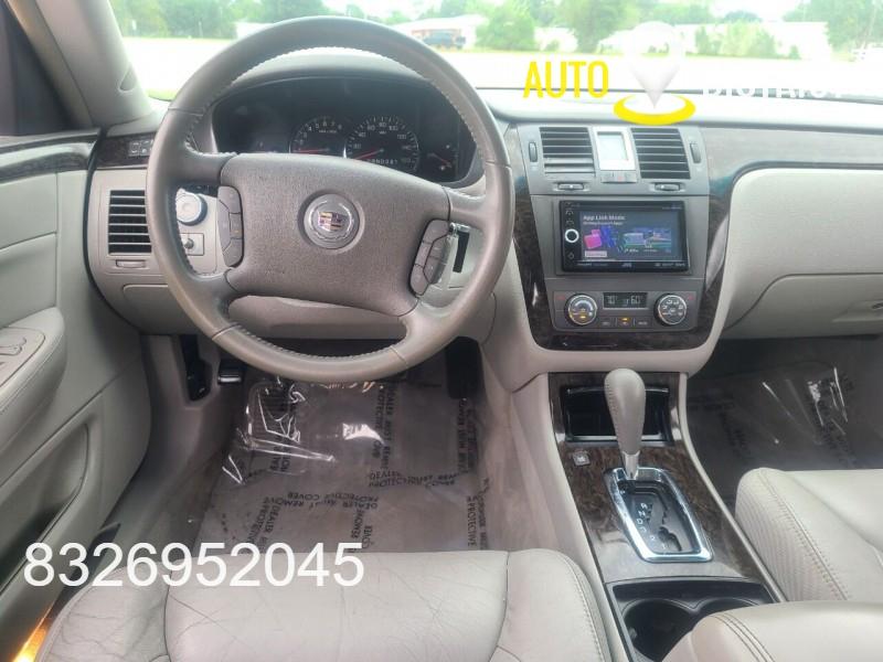 Cadillac DTS 2010 price $7,995 Cash