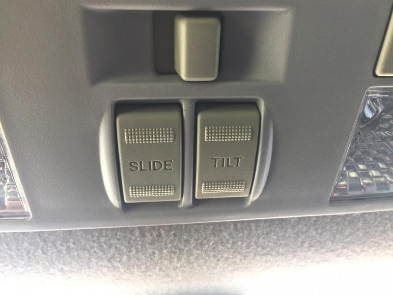 Mazda 3 2009 price $4,500 Cash