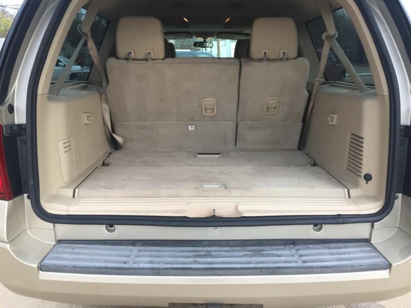 Ford Expedition EL 2008 price $7,000 Cash