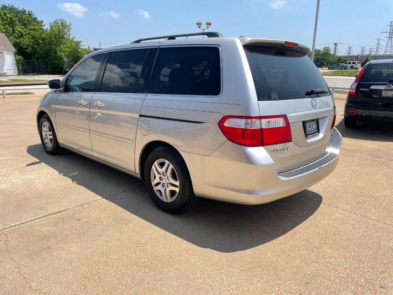Honda Odyssey 2007 price $5,000 Cash