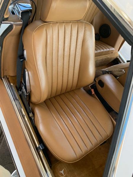 Mercedes-Benz SL-Class 1987 price $15,000