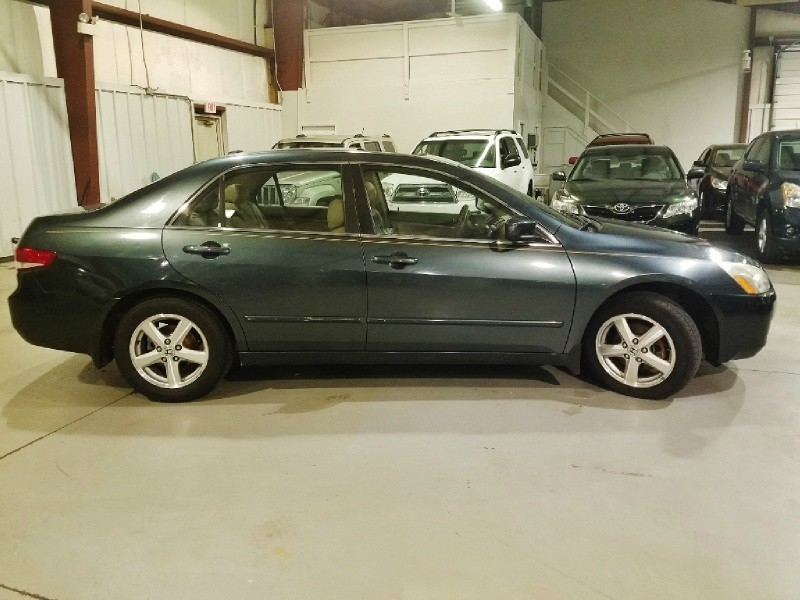 Honda Accord Sdn 2004 price $5,950