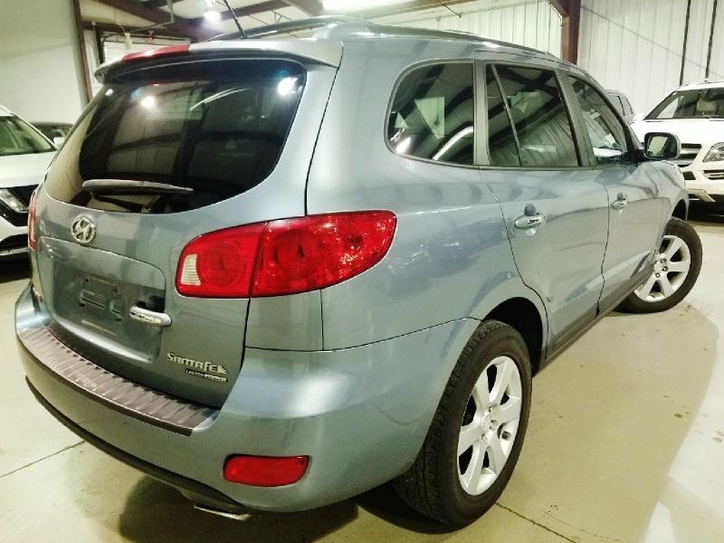 Hyundai Santa Fe 2009 price $8,450