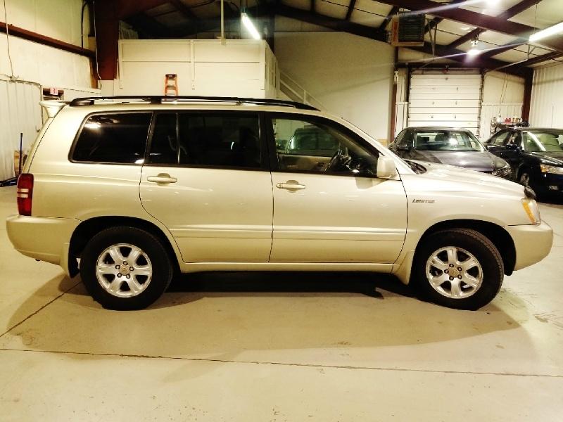 Toyota Highlander 2003 price $6,350