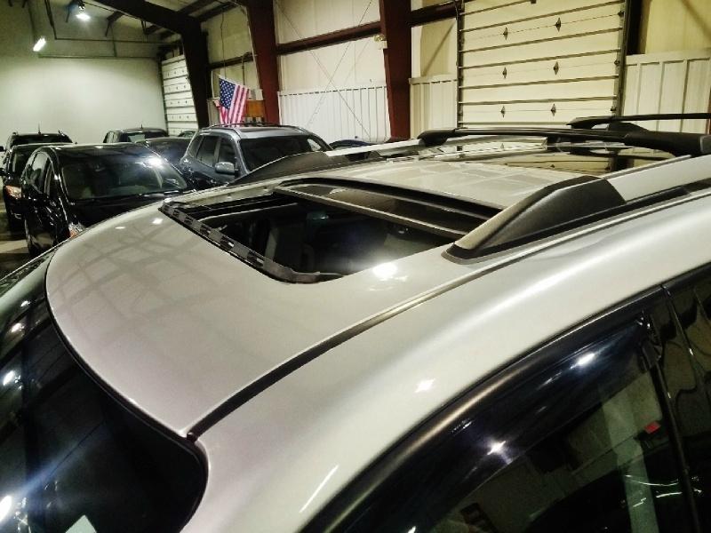 GMC Acadia 2011 price $10,950