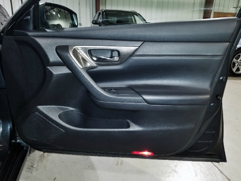 Nissan Altima 2014 price $11,350