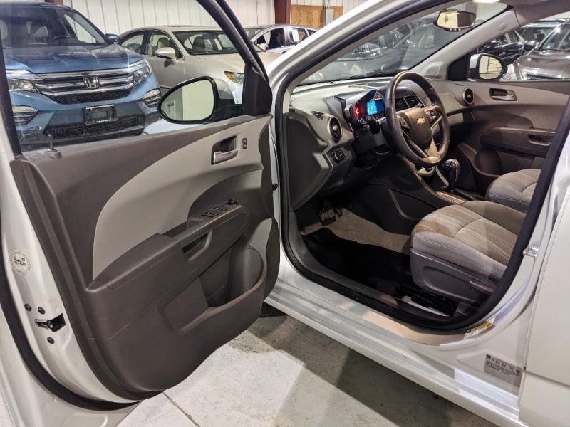 Chevrolet Sonic 2015 price $7,450