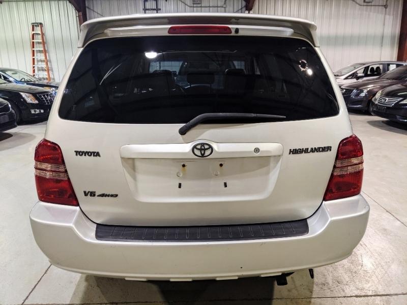 Toyota Highlander 2003 price $6,950