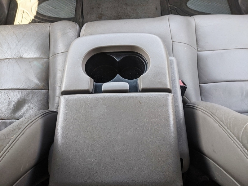Ford F-150 2001 price $2,850