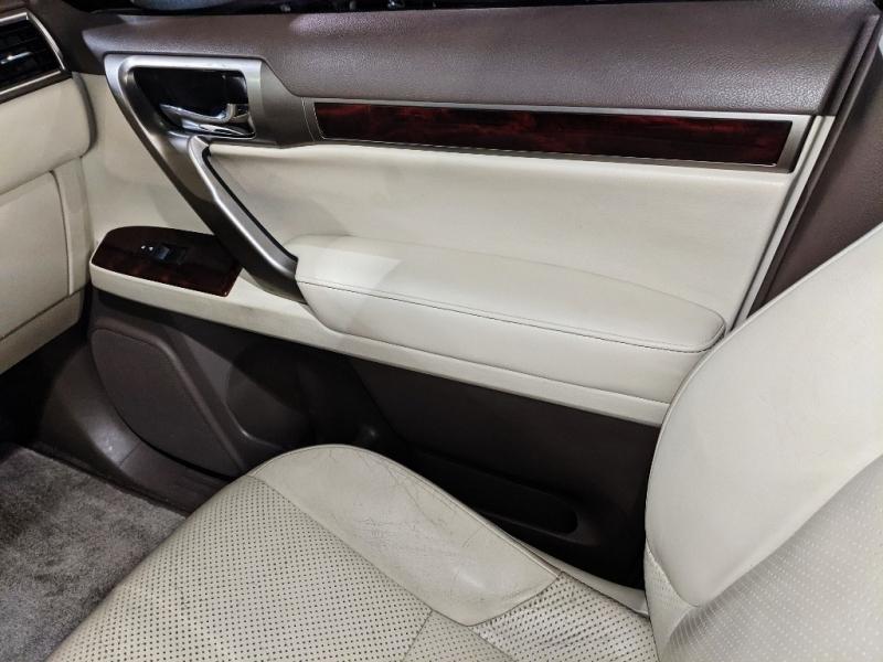 Lexus GX 460 2011 price $21,750