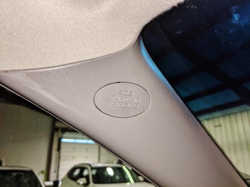 Toyota Sienna 2009 price $8,950
