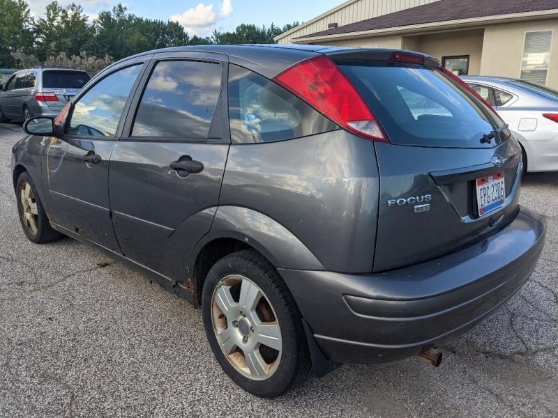 Ford Focus 2006 price $1,850