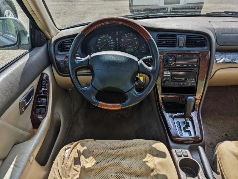 Subaru Outback 2002 price $2,000