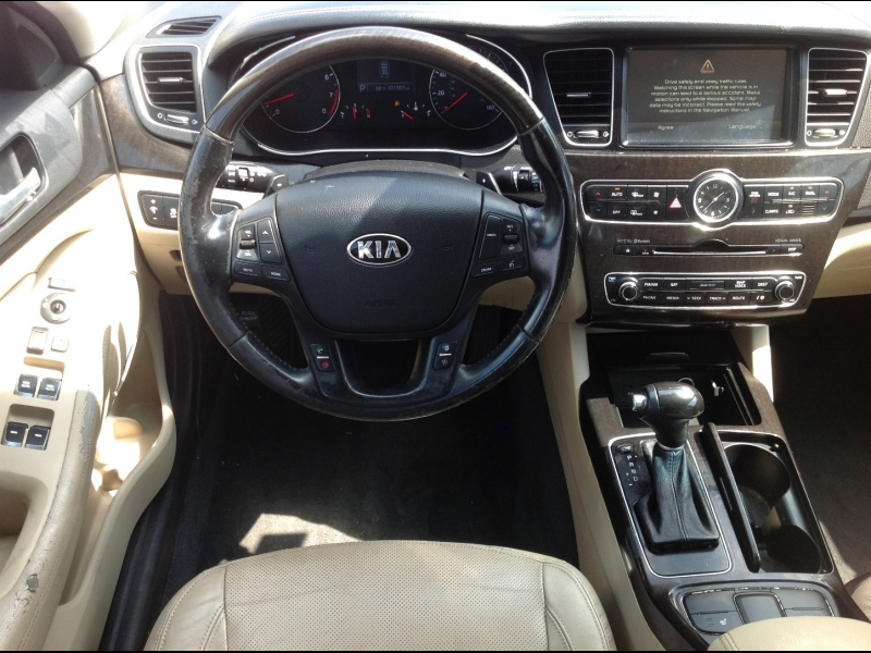 Kia Cadenza 2014 price $13,999