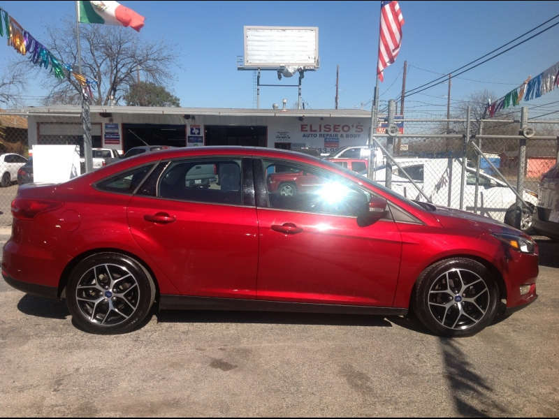 Ford Focus 2017 price $12,999
