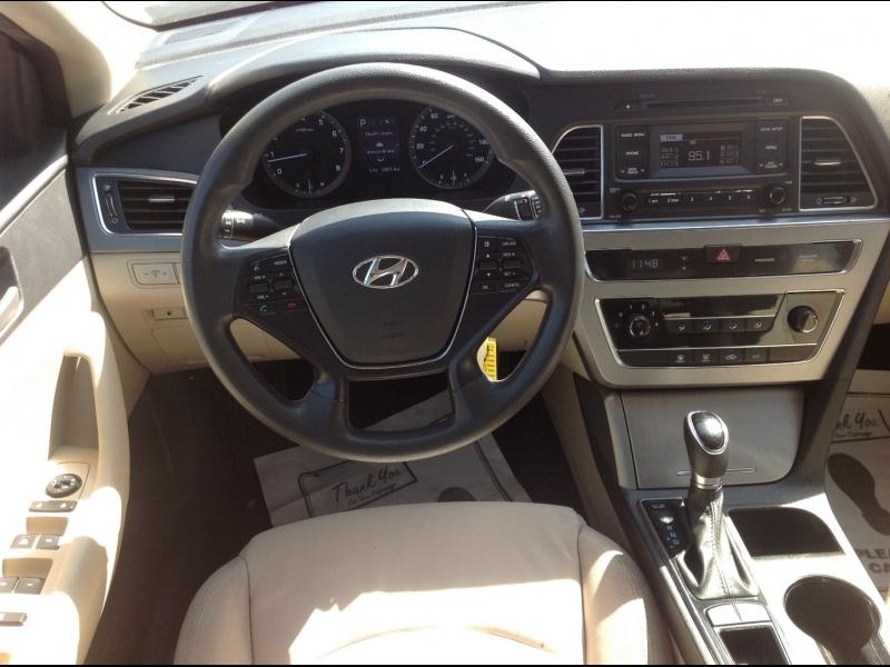 Hyundai Sonata 2016 price $15,999
