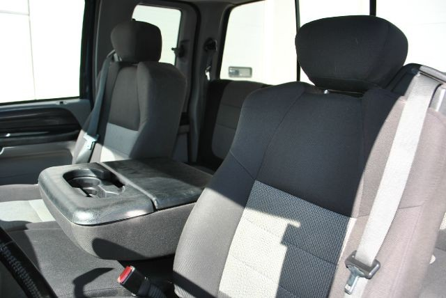 Ford F250 2004 price $9,995