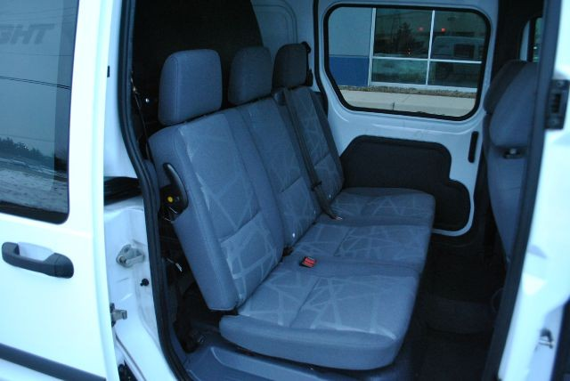 Ford Transit Connect 2010 price $9,995