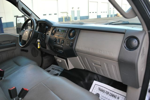 Ford F350 2008 price $5,595