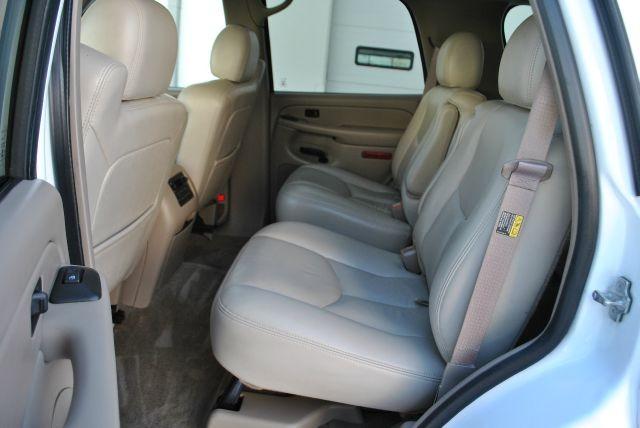 Chevrolet Tahoe 2004 price $3,995