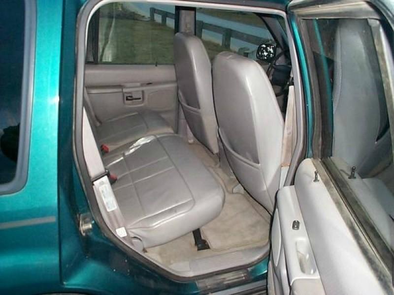 Ford Explorer 1998 price 1,999