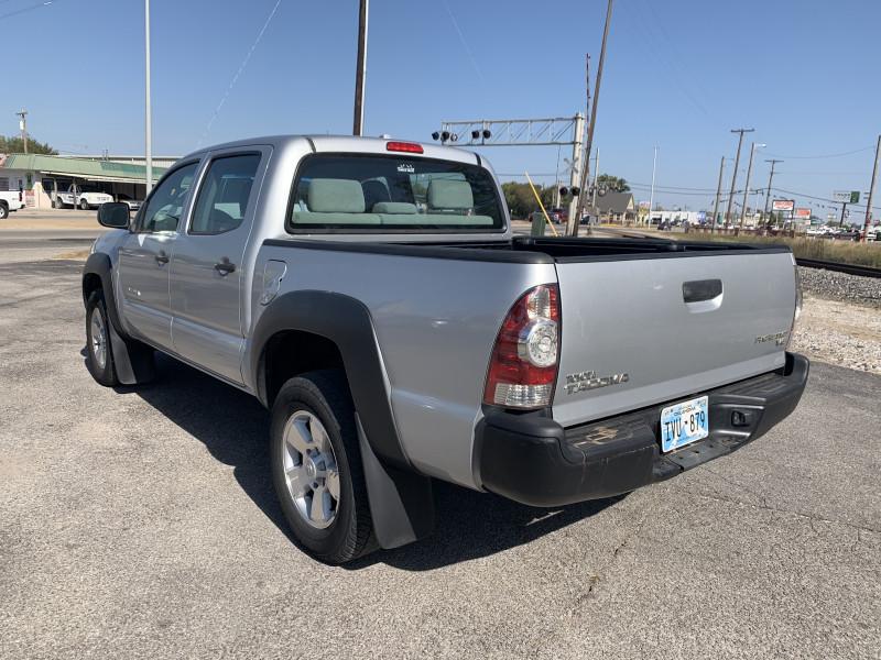 Toyota Tacoma 2010 price $13,950