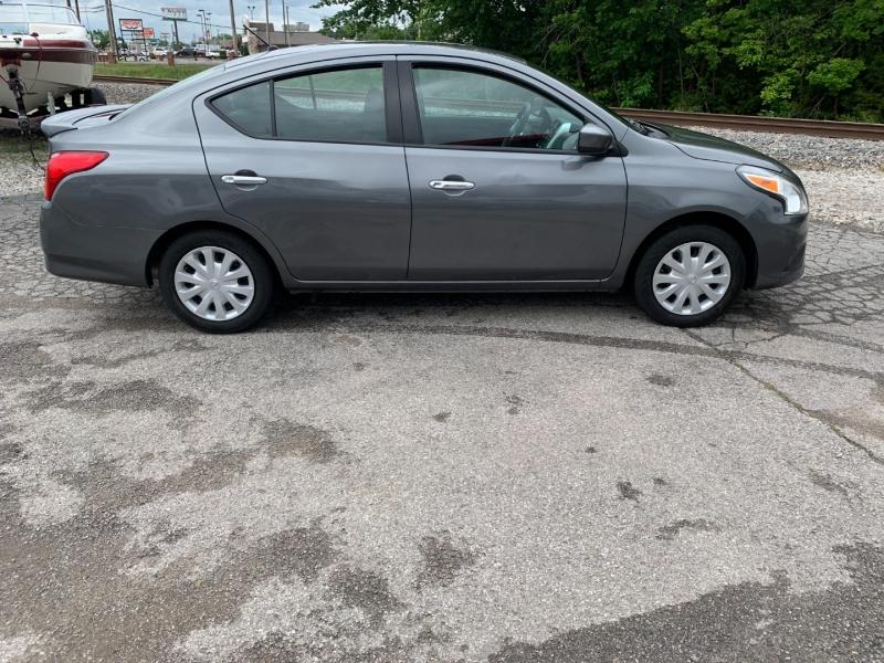 Nissan Versa SV 2019 price $13,988
