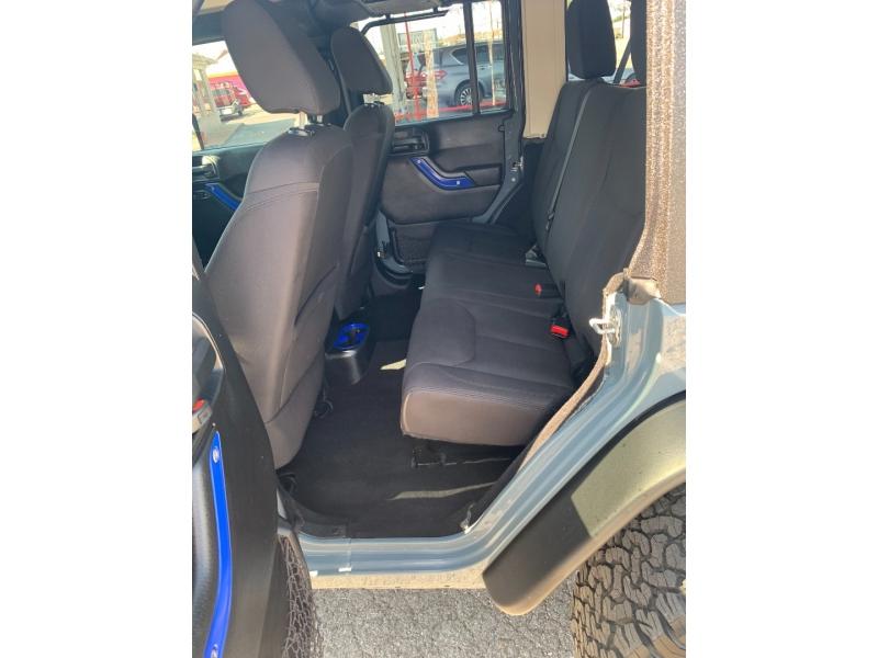 Jeep Wrangler Unlimited 2015 price $29,988