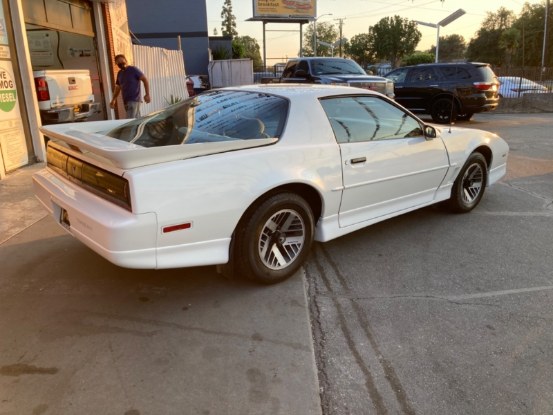 Pontiac Firebird 1989 price $8,780 Cash