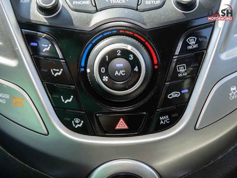 Hyundai Veloster Sport Navigation Panoramic Camera Auto 2012 price $9,995