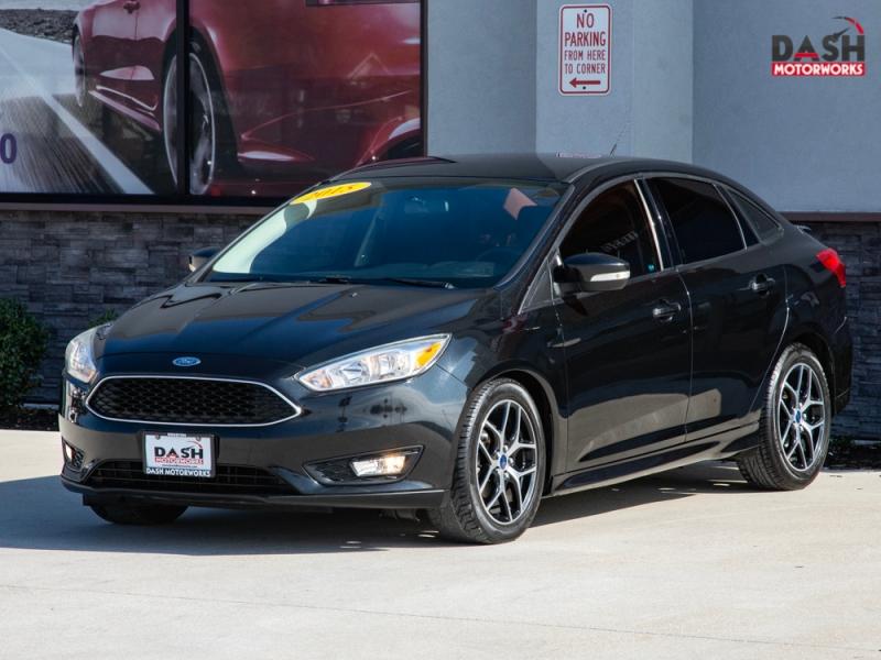 Ford Focus SE Sedan Camera Alloys Spoiler Auto 2015 price $7,500