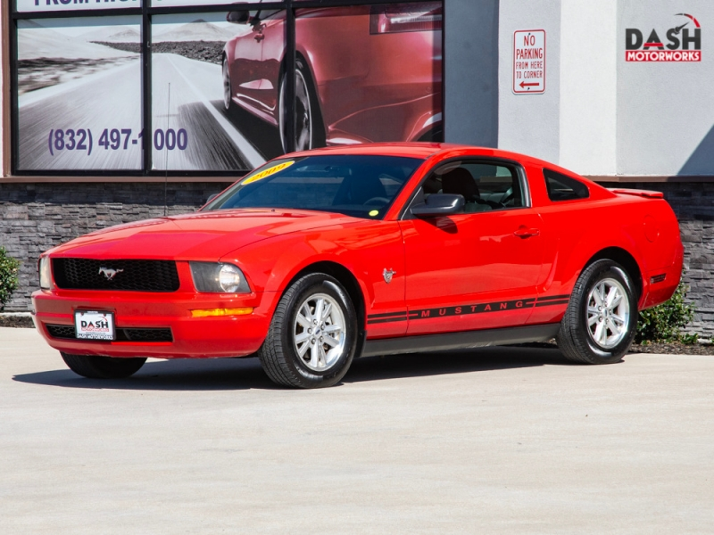Ford Mustang V6 Coupe 45th Anniversary Auto 2009 price $6,985