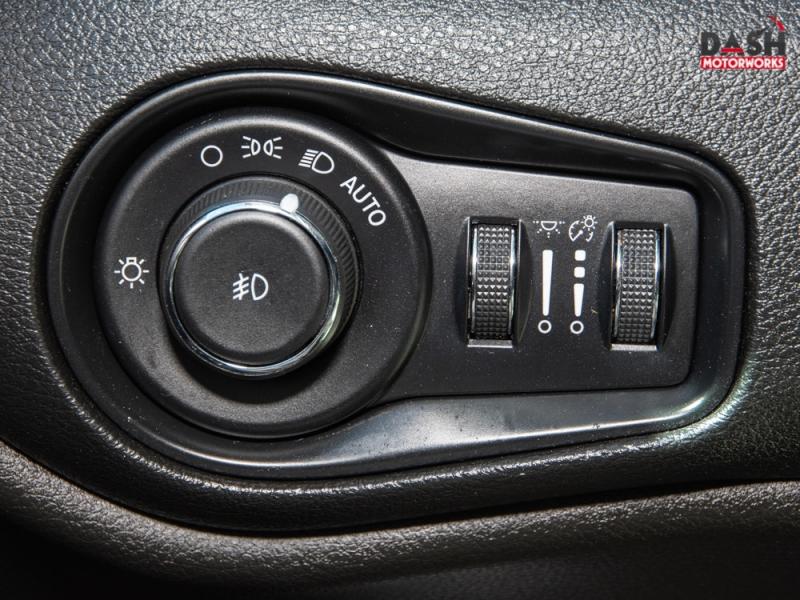Jeep Renegade Latitude Camera Remote Start Beats Audio 2017 price $14,995