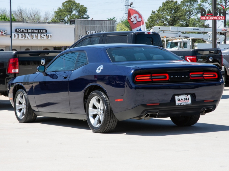 Dodge Challenger 2016 price $18,985
