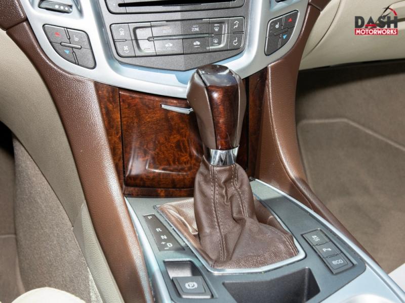 Cadillac SRX Luxury V6 Panoramic Leather Camera Bose 2012 price $12,995